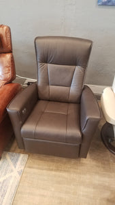 Fjords Ulstein Swivel Recliner in Top Grain Leather