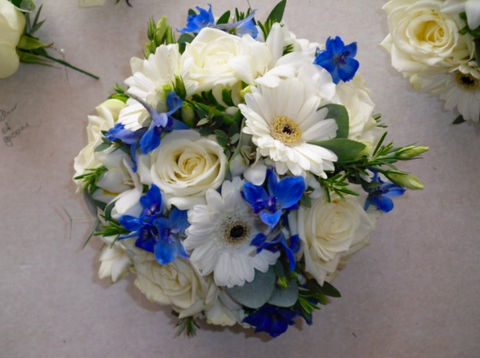 blue and white wedding flowers by Bloominous