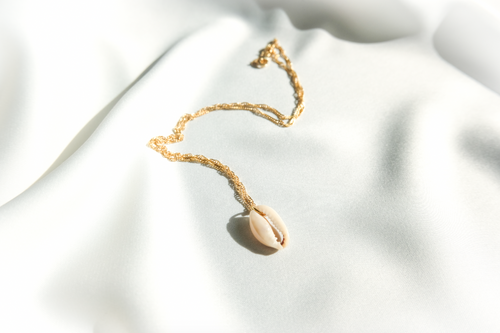 Cowrie necklace - dearkatiopae