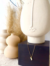 Load image into Gallery viewer, Mini Katiopa necklace