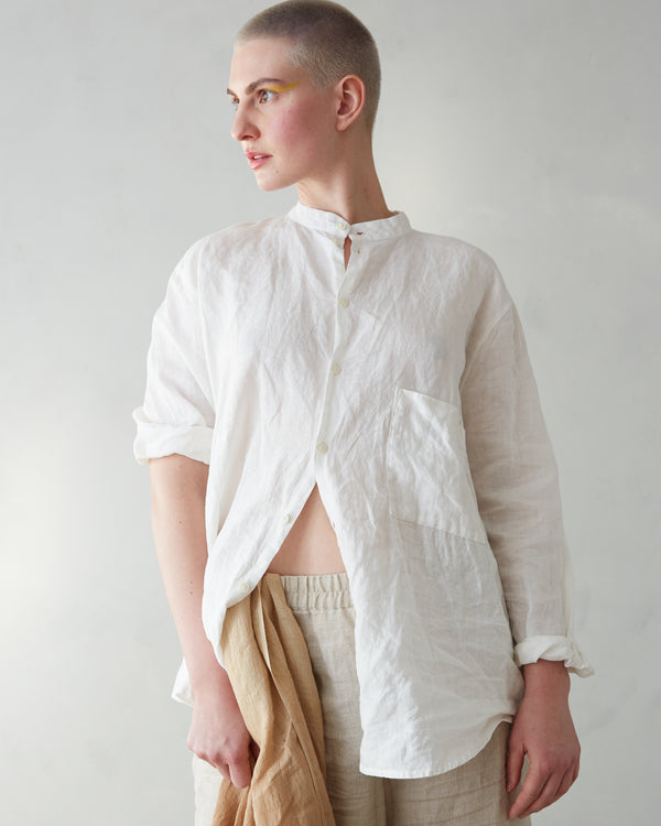 Roomy, Linen Banded-collar Shirt (Unisex)