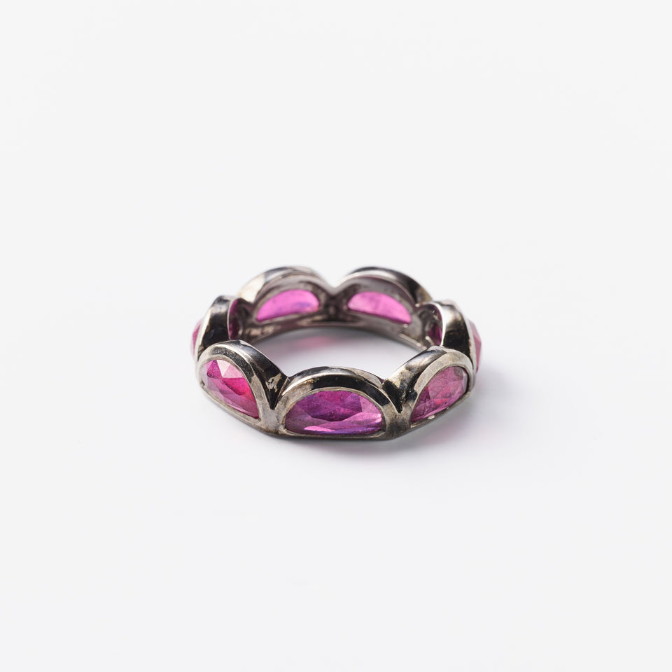 Large Scallop Band Ring - Ruby