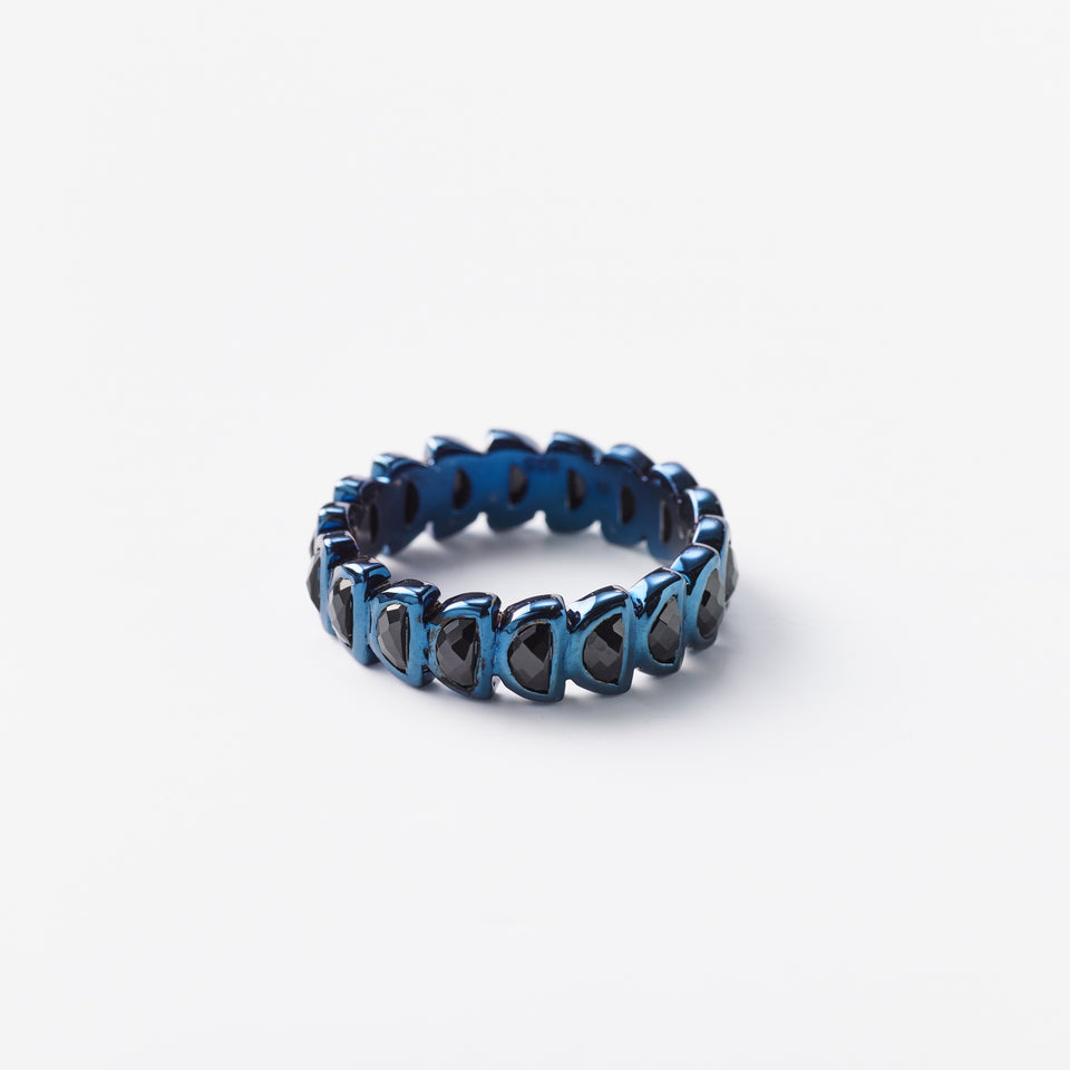 Black Spinel Band Ring