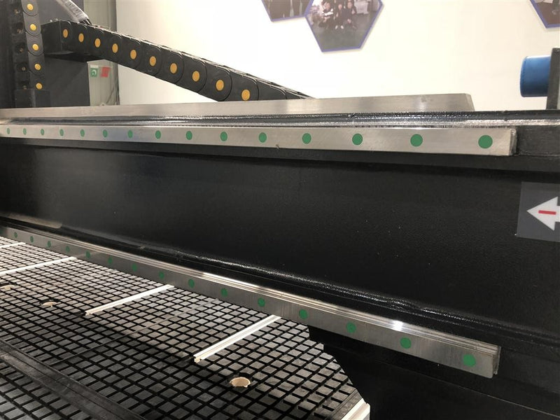 CNC apdirbimo centras ROUTERMAX ATC 2140 ECO - Industry Solutions