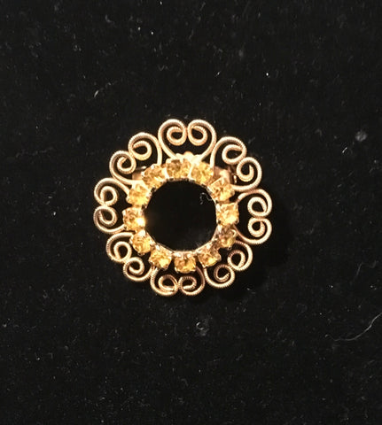 w22 gold plated vintage brooch $51.89