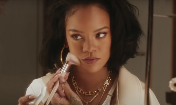 Rihanna Fenty Beauty Filt'r Powder Foundation Promo 12.15.20