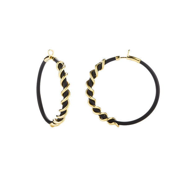 Small black Caucciù hoop earrings with 18K yellow gold coil pill.