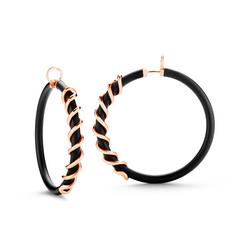 Large black Caucciù hoop earrings with 18K rose gold coil pill.