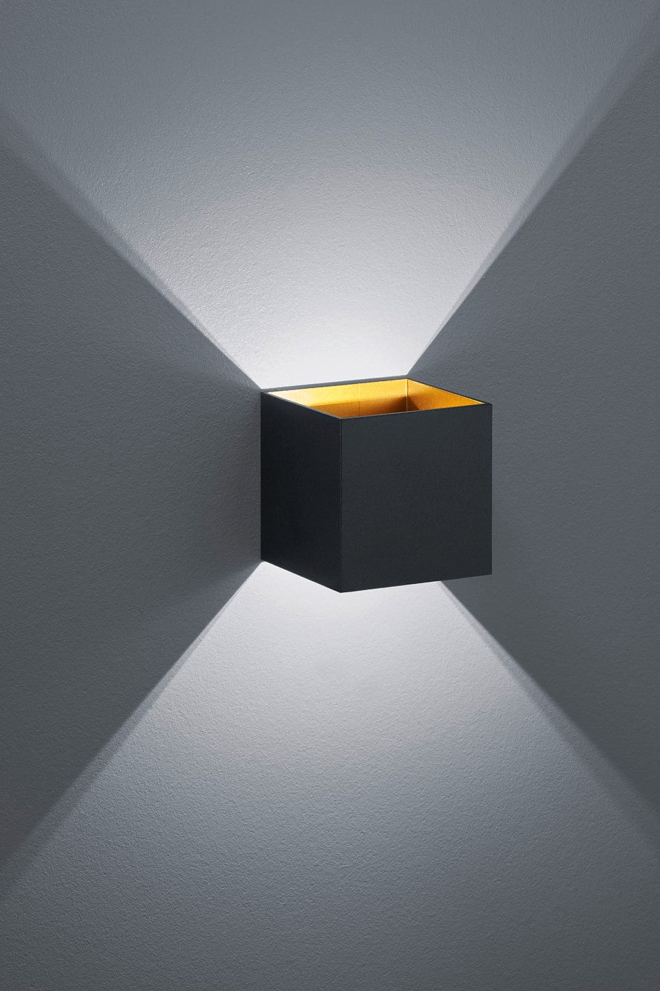 LOUIS Wall Light
