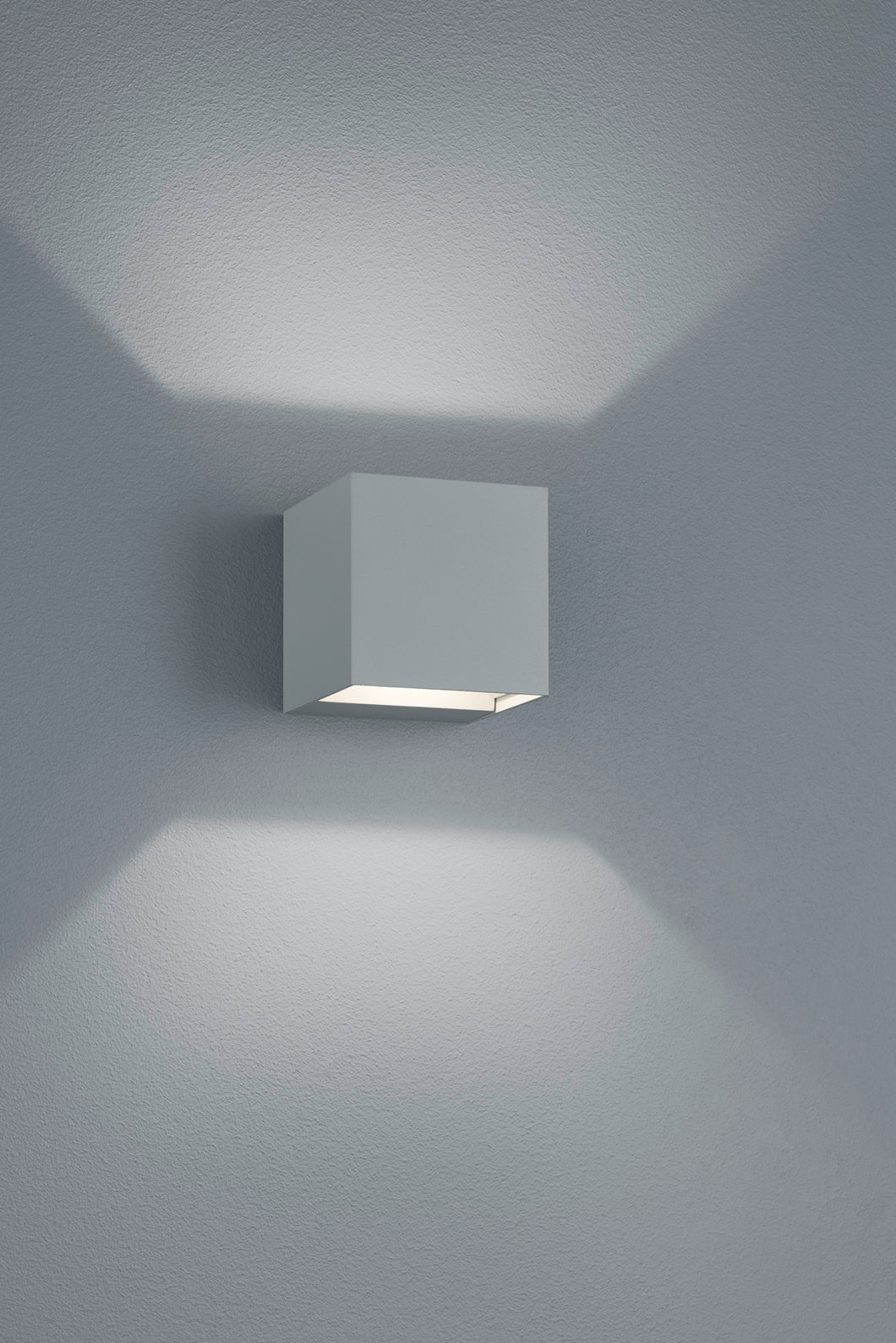 ADAJA Wall Light