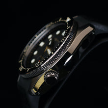 Load image into Gallery viewer, SLA025 Homage Titanium Grade 5 Solid endpiece 19mm waffle strap Gold dial