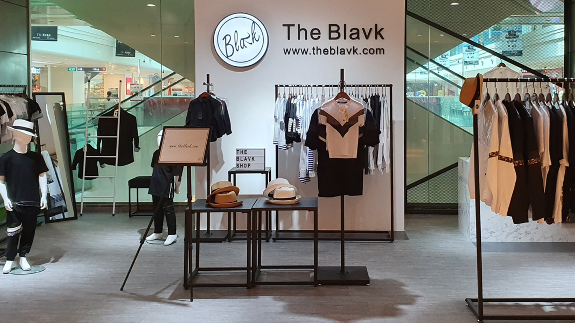 The Blavk, Plaza Singapura, #03-12