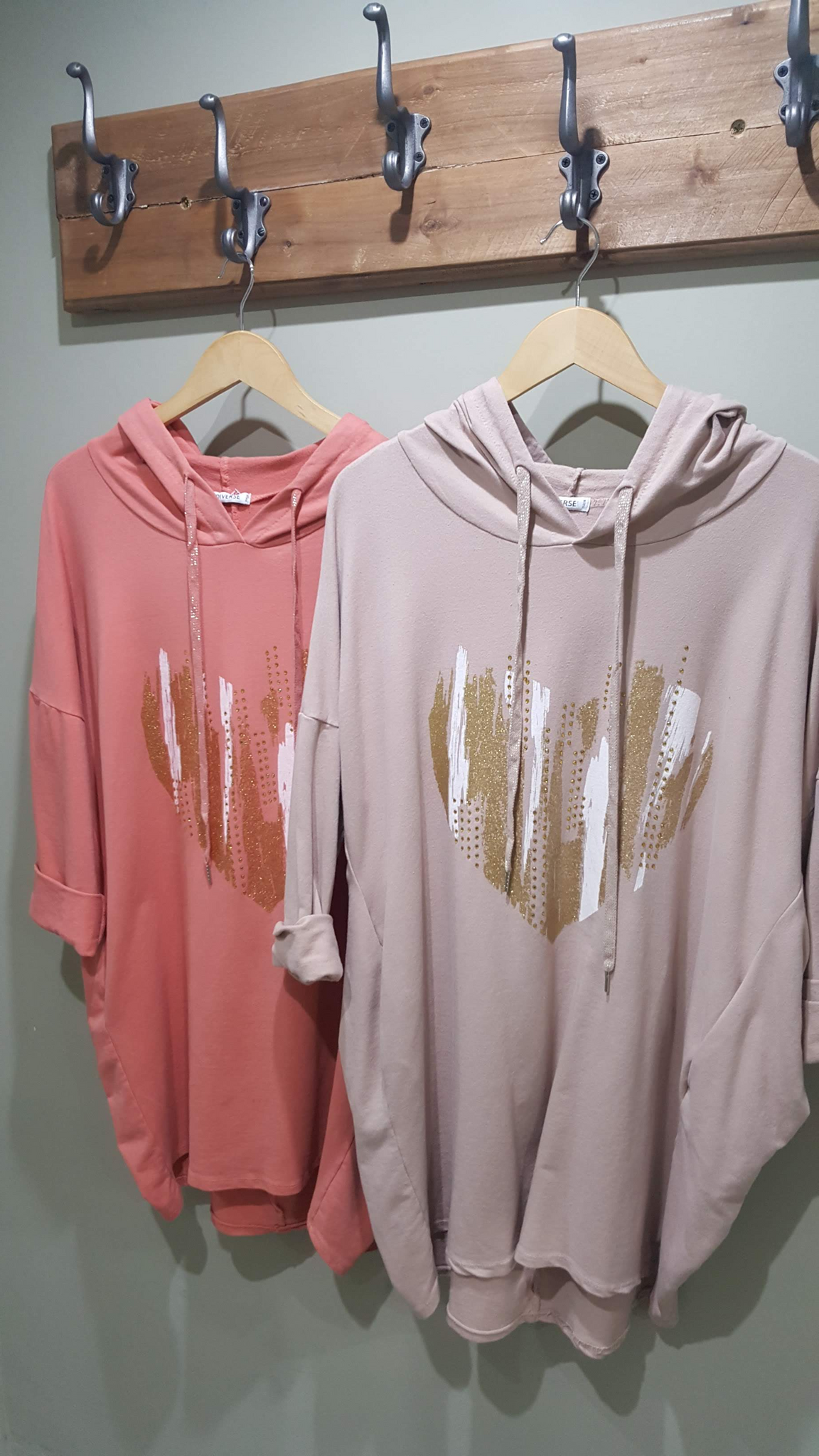 Top - Heart Hooded