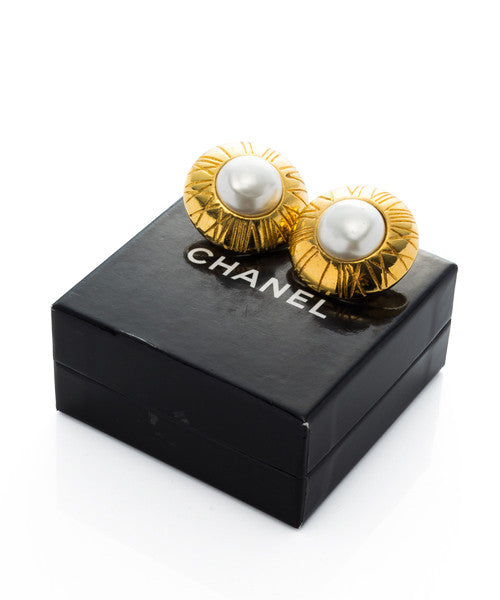 Earrings | Chanel
