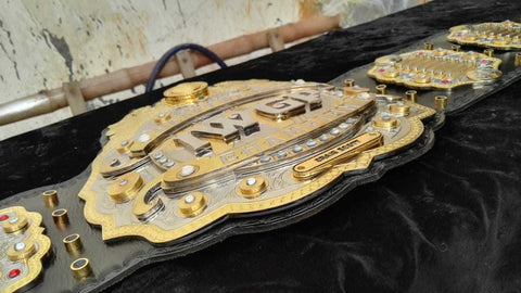 IWGP V3 HEAVYWEIGHT Zinc Championship Belt - Zees Belts