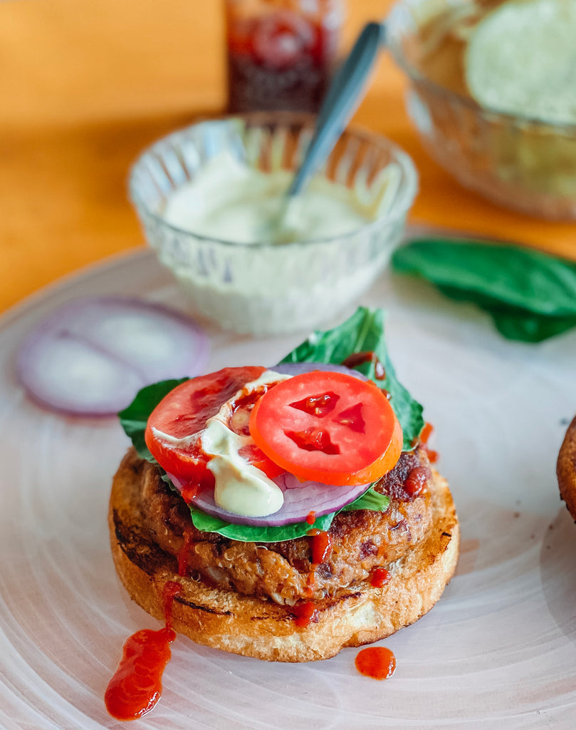 Mexican Quinoa Burgers for A Easy Yet Delicious Lunch