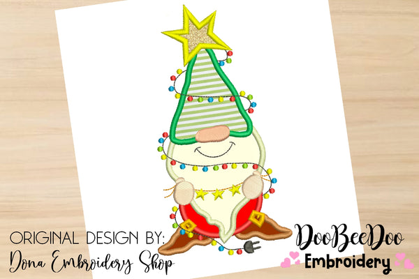 Christmas Gnome  - Applique - 4x4 5x5 6x6