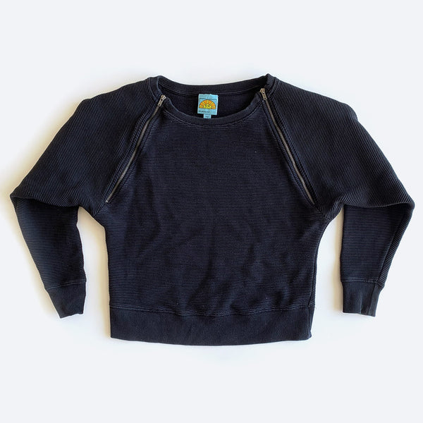 Black Cropped Ribbed Sweater w/ Zippers