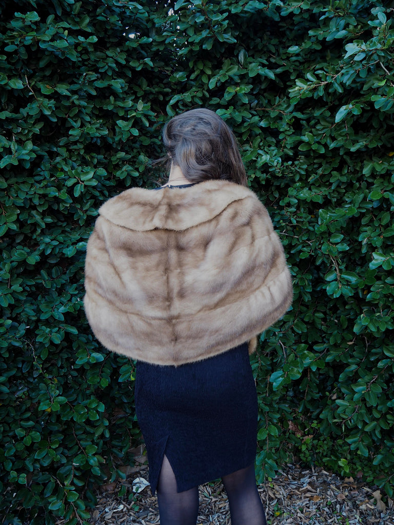 50's Light Brown Fur Stole w/ Pockets
