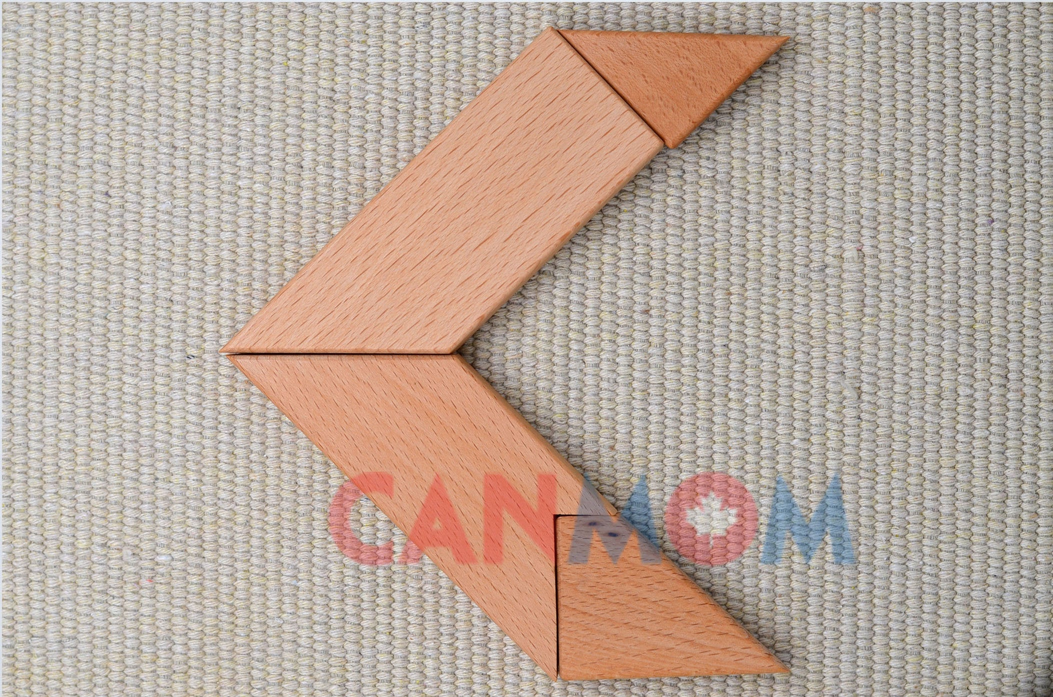 Natural wooden puzzle learning toy / brain teaser / birthday gift / puzzles tangram