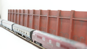 N Gauge Retaining wall with bricked arches MDF Style 1