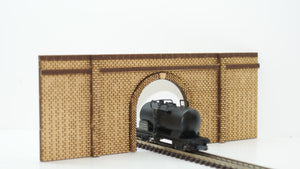 N Gauge Single Track Tunnel Portal - BRICK