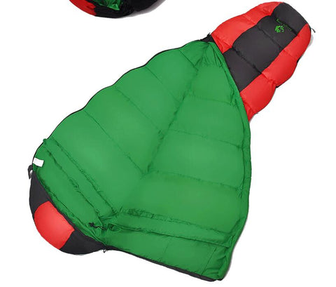 COMFORTABLE, LIGHTWEIGHT AND WATER- RESISTANT SLEEPING BAG