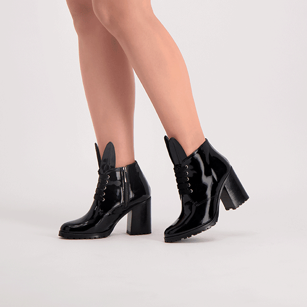 BLONDIE black patent