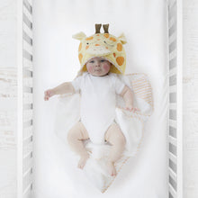 Load image into Gallery viewer, Giraffe Hooded Towel