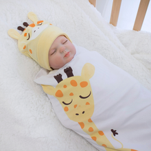 Load image into Gallery viewer, Swaddle Set - Giraffe