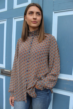 Load image into Gallery viewer, KAROLINE-BLOUSE - ORANGE PRINT