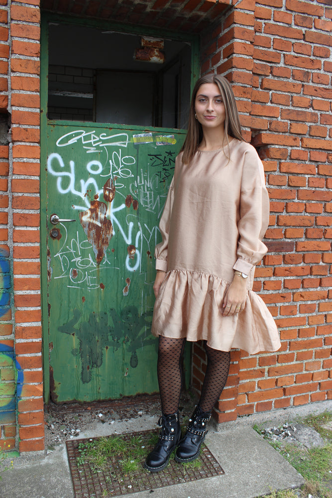 Load image into Gallery viewer, MONJA DRESS - SAND