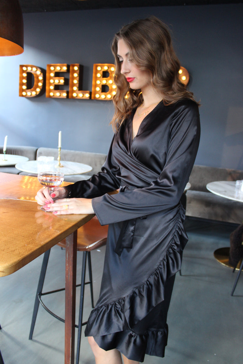 SOL LS WRAP DRESS - BLACK