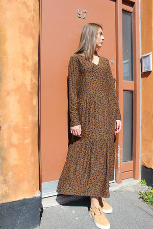 Load image into Gallery viewer, ALMA-LOOSE-DRESS - LEO/OLIVE