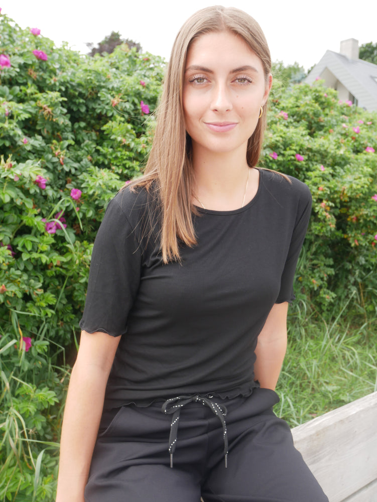 Load image into Gallery viewer, NATALIA-SS-BLOUSE - BLACK