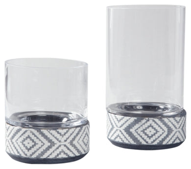Dornitilla Candle Holder Set of 2