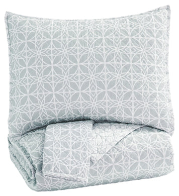 Mayda 3Piece King Quilt Set