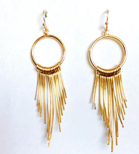 Gold Graduating Curve Earrings