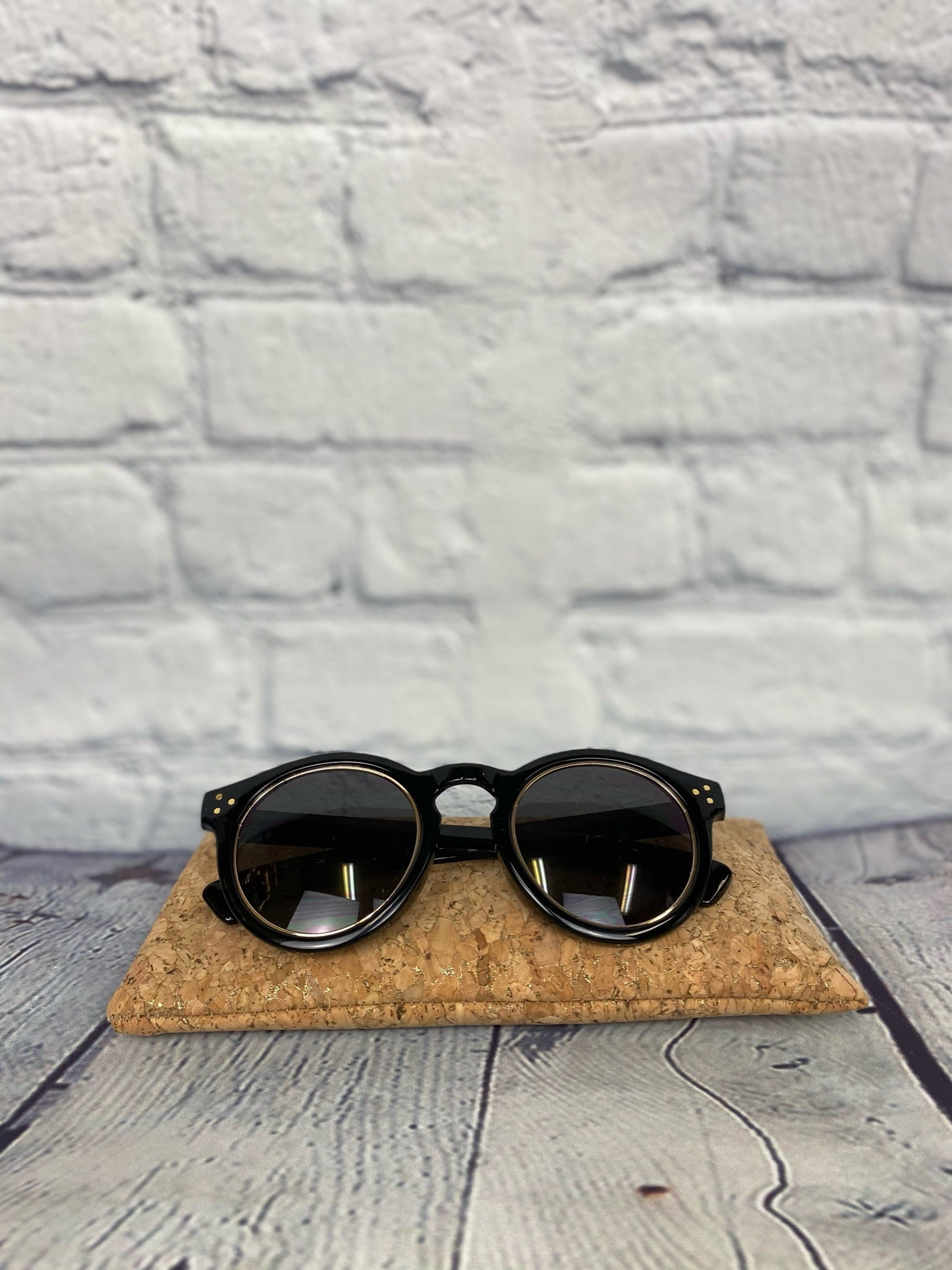 Black Gold Ring Round Sunnies