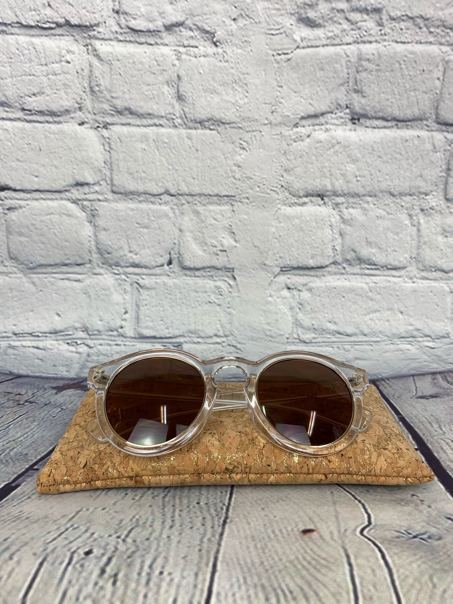 Clear Gold Ring Round Sunnies