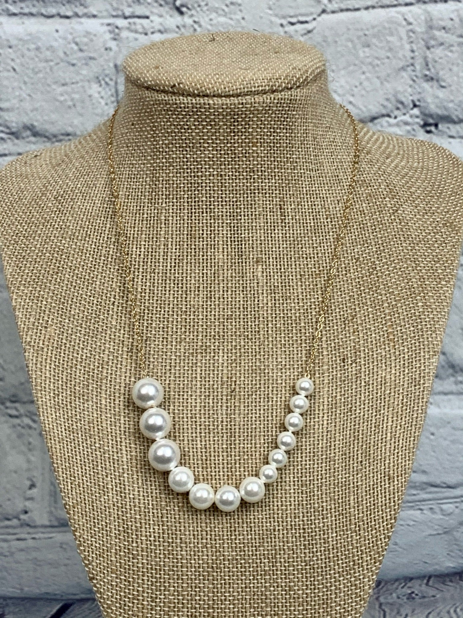 Pearl Graduated Necklace