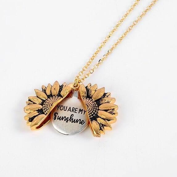 """You Are My Sunshine"" Sunflower Necklace 🔥 50% OFF TODAY ONLY! 🔥"