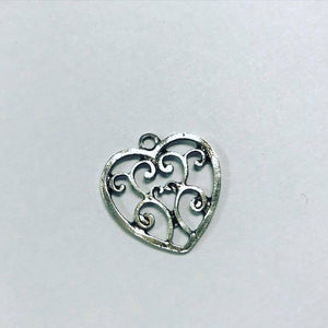 Scrolled heart charm, 1pc