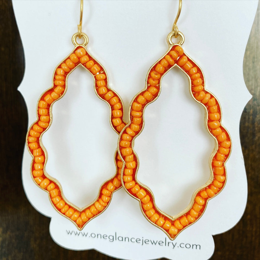 Beaded frame earrings, orange