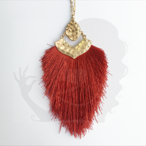 Large tassel necklace with decorative bracket, RUST