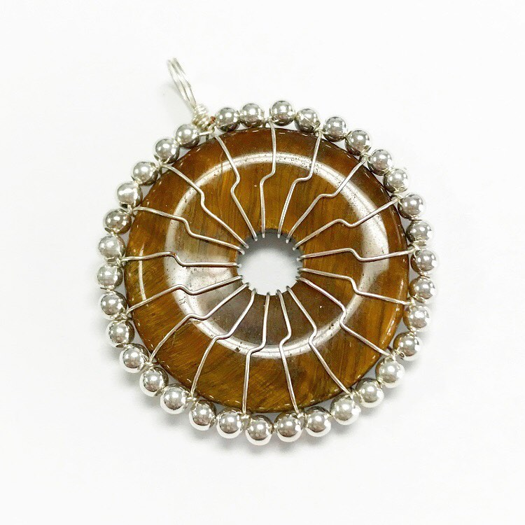 Donut wire wrapping class, Friday 10/18, 6-8pm