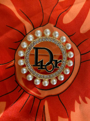 Dior round with Pearls