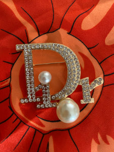 Dior with double Pearls