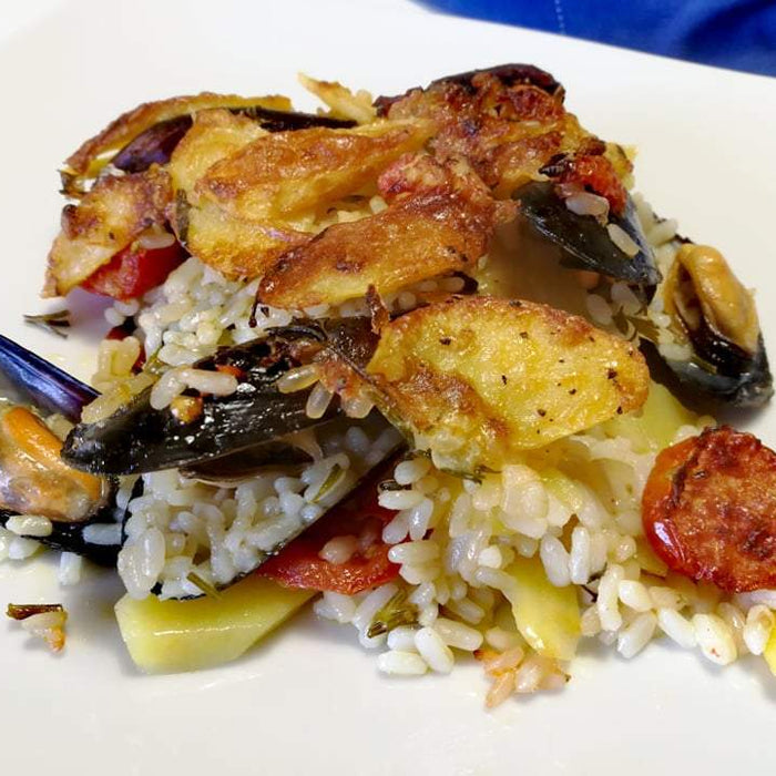 Potatoes, rice and mussels: one of the best known Apulian dishes