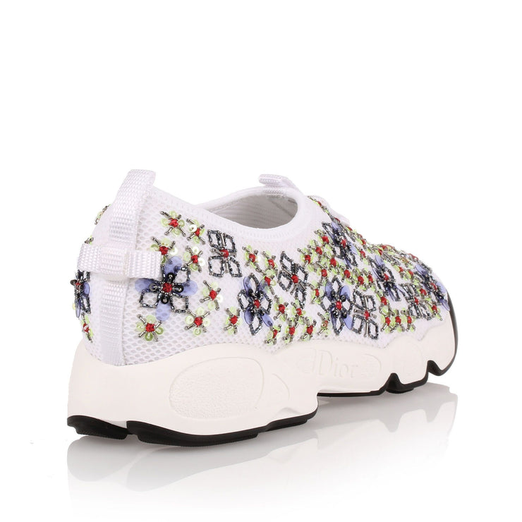 Fusion white embroidered flower sneaker